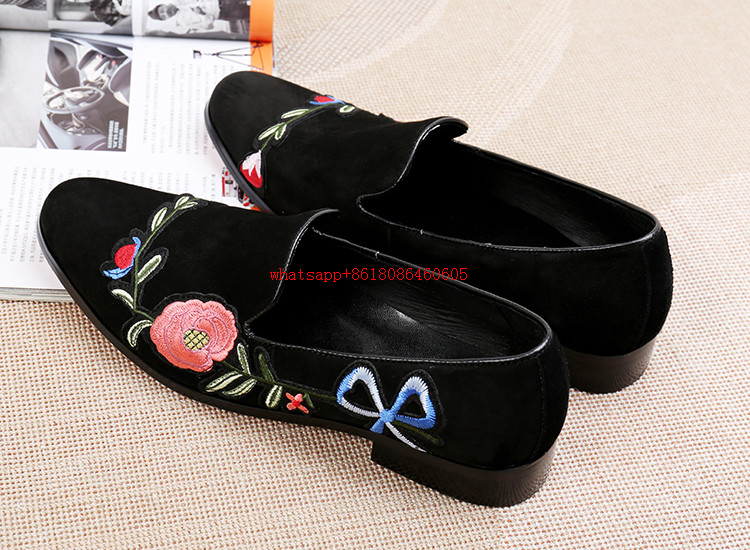 Zapatos hombre men shoes black genuine leather velvet slippers loafers party wedding shoes men flower embroidery luxury brand new black embroidery loafers men luxury velvet smoking slippers british mens casual boat shoes slip on flat shoes espadrilles