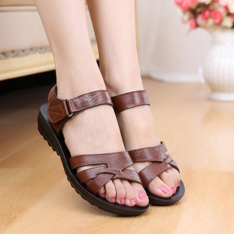 Size 35-41 Summer Women Genuine Leather Sandals Vintage Ladies Flat Sandials Ankle Strap Fashion Casual Platforms Soft Shoes
