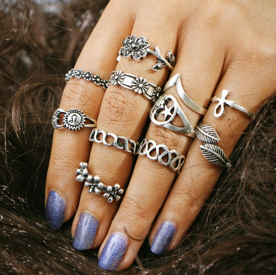 11pcs retro finger ring set for women vintage fashion jewelry hollowed rings with flower and star BOHO fashion jewelry for lady