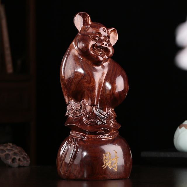 Wood carving wood carving crafts mahogany ornaments Home Furnishing pig  lovely birthday gift money decoration
