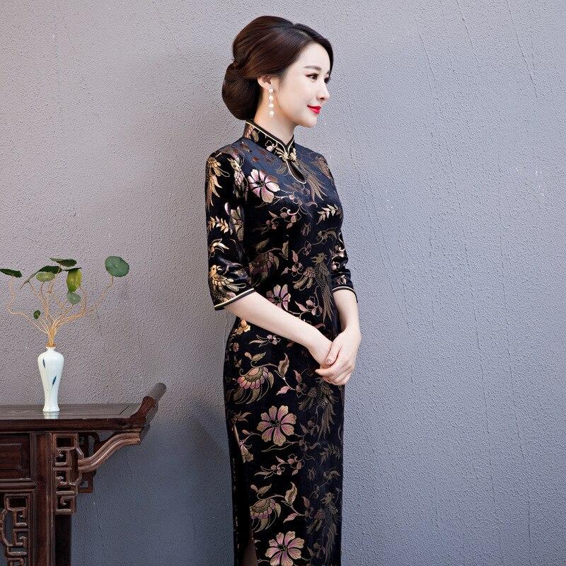 Sexy-2019-Longue-Velours-Cheongsam-Traditionnel-Chinois-style-Robe-Printemps-Femmes-Col-Mandarin-Qipao- Mince-Partie.jpg a8ceb50ca3e