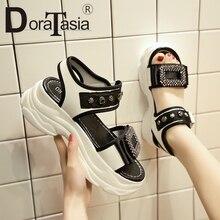 أحذية DORATASIA أسافين أرضية