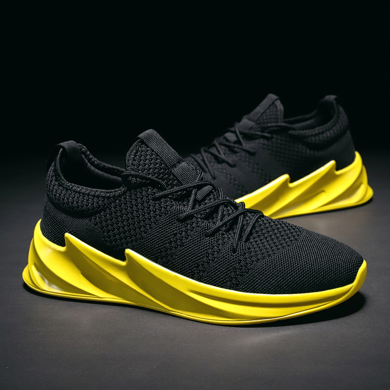 New Mesh Male Shoes Lace Up Breathable Comofortable Men Casual Shoes Ultra Light Solid Teenager Footwear Yellow Outdoor Sneakers
