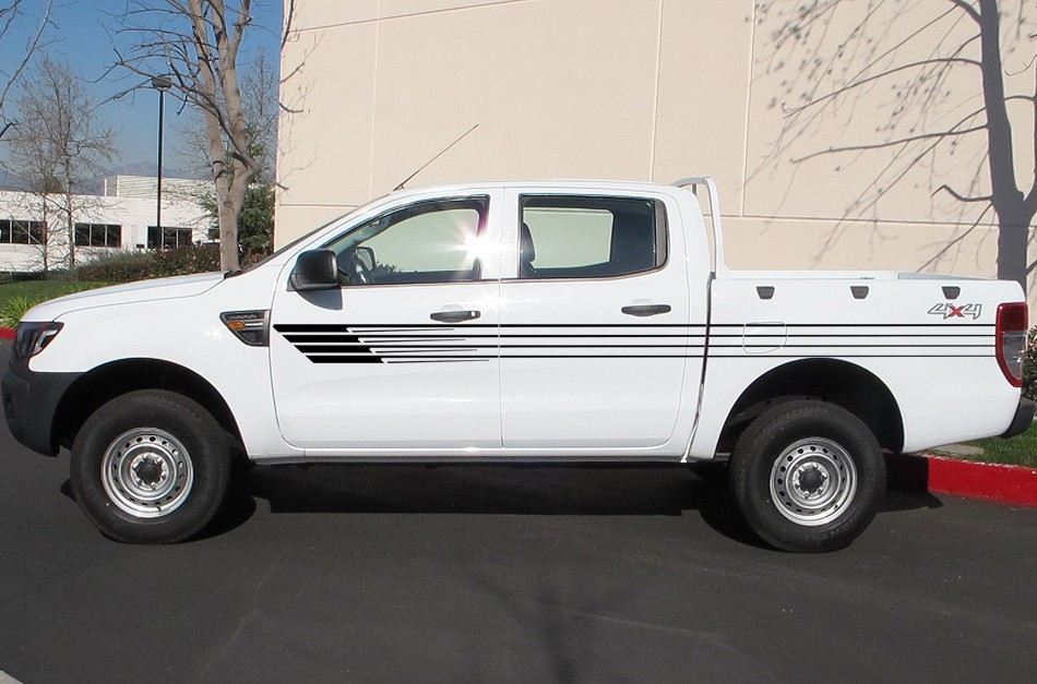 2013-global-market-ford-ranger-side-view