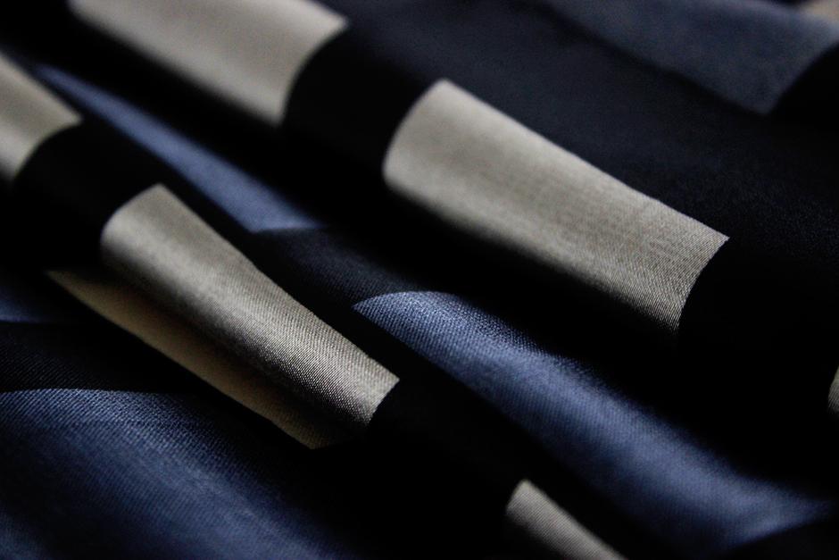 square scarf 70cm IMG_0055