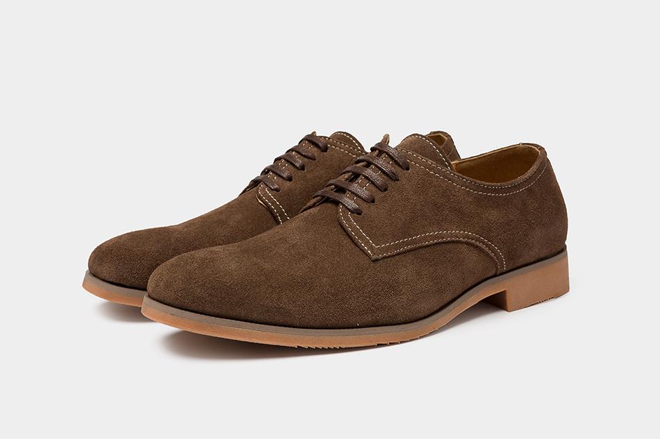 fce12247a Compre Zapatos Casuales Para Hombre Marca De Lujo De Gamuza Marrón ...