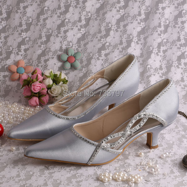 Special Design Pointed Toe Shoes Wedding Ladies Silver Satin Shoes Low Heel
