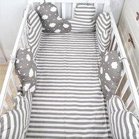 Детская кровать бампер для спальная кроватка бамперы детская подушка подушку волна облако в форме защита для кроватки украшение в детскую ...