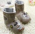 Детская обувь мальчиков обувь для девочек милый мультфильм девочка обувь детская мода заклепки мальчик обуви comfortbale детские сапоги