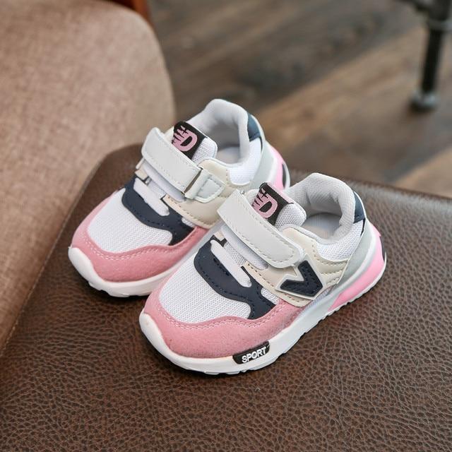Enfants Chaussures 2016 printemps été nouvelle Kids chaussures Net Boys Sports chaussures respirant Mesh Summer Sneakers filles Di51bM