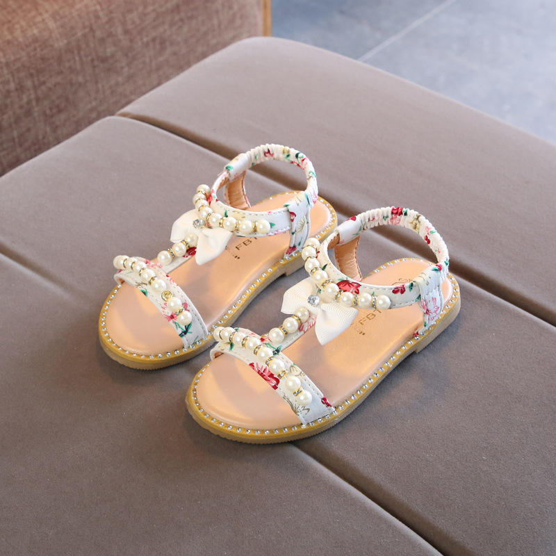 d87b568e506a 2019 New Little girls Summer Pearl Sandals Bare Toes Princess Dress Shoes  Beach Toddler Kids shoe Baby Sandals children flat-in Sandals from Mother    Kids ...
