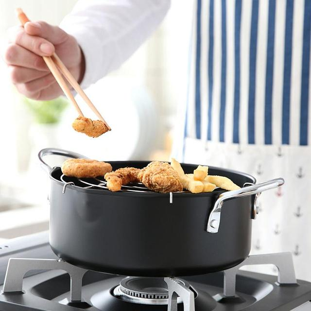 20cm Frye Household Fryer With Oil Filter Soup Pot Induction Cooker