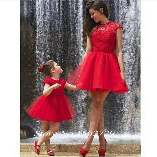 Red Lace Short 2 unidades vestidos baile para la madre e hija de la familia vestido