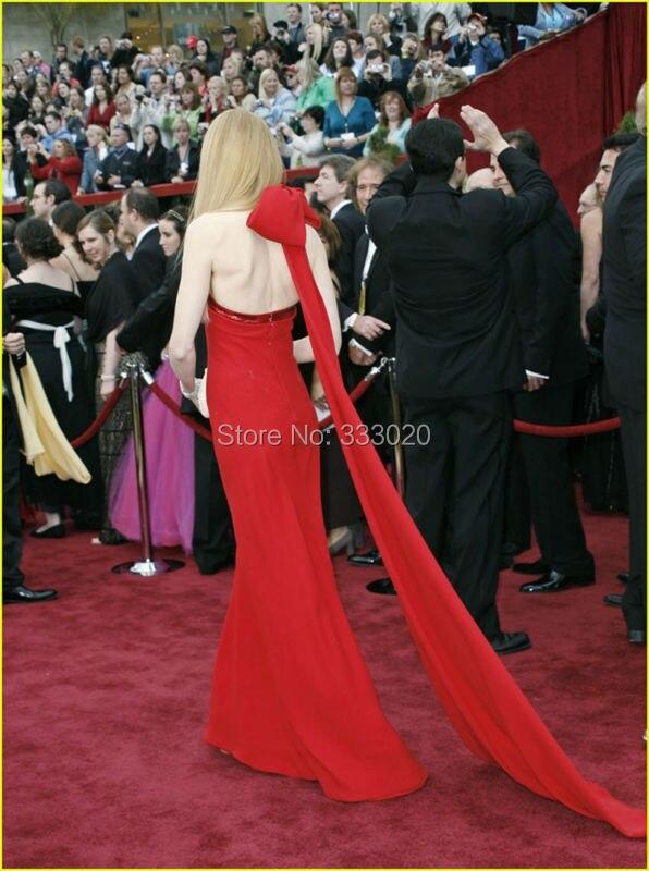 Nicole Kidman Red Halter Formal Dress Oscar Awards 2007 Red Carpet (6)