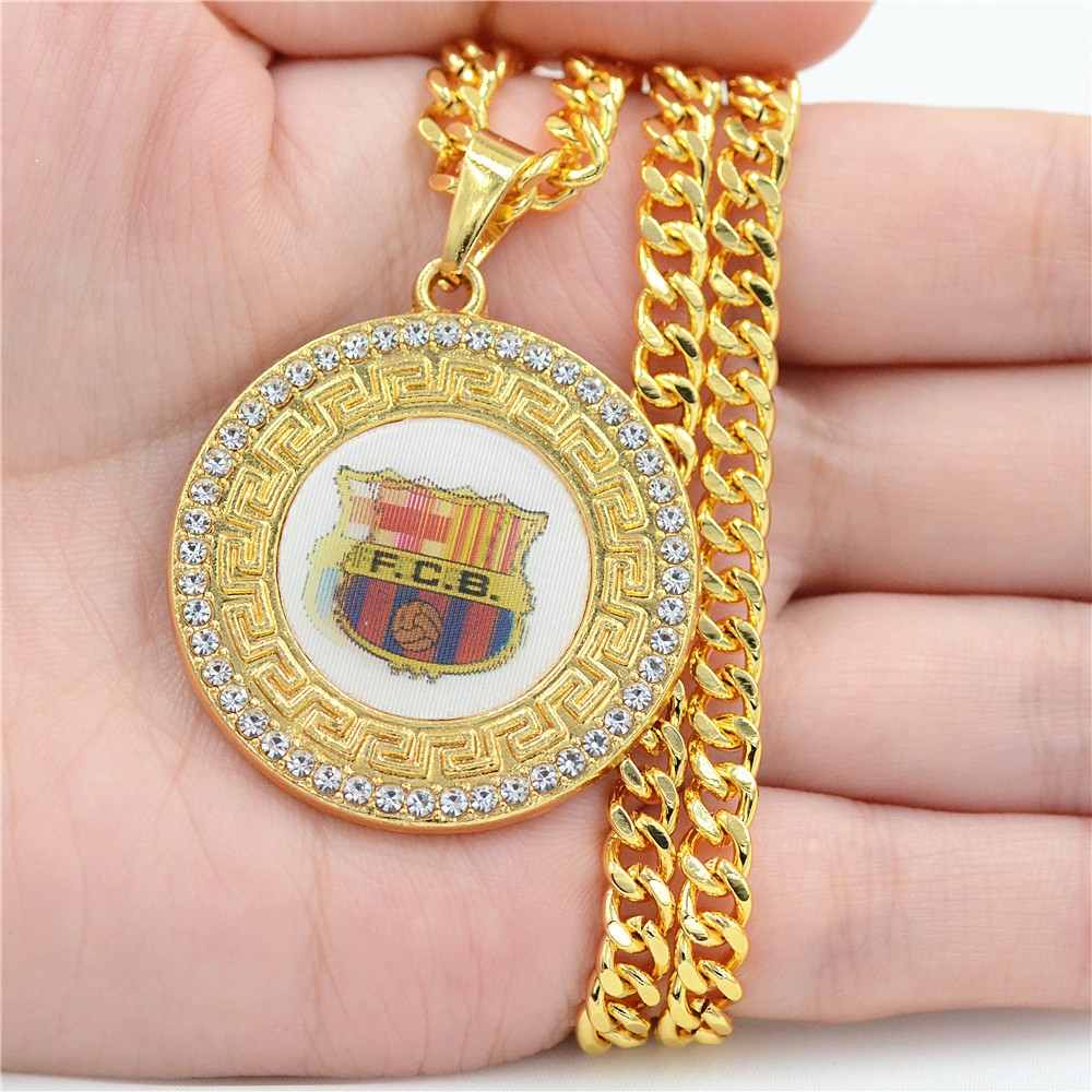 2018 new hip hop jewelry Barcelona club badge necklace 3D graphics pendant fans souvenirs alloy rhinestone gifts factory direct rhinestone alloy star necklace