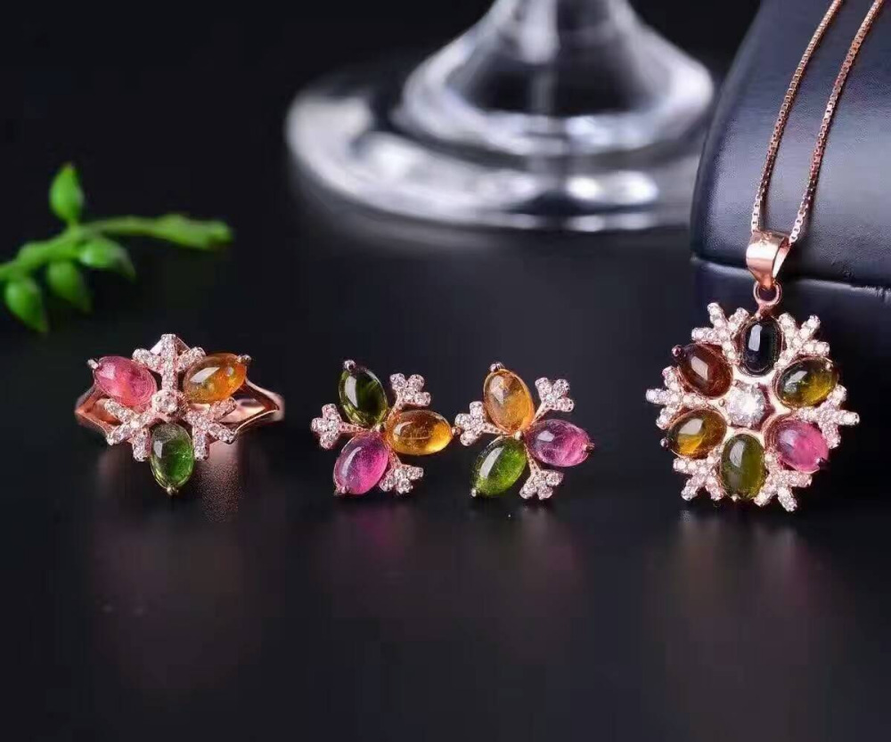 Фото Natural tourmaline gem jewelry sets natural gemstone Pendant ring Earrings 925 silver Elegant luxurious Flowers women jewelry. Купить в РФ