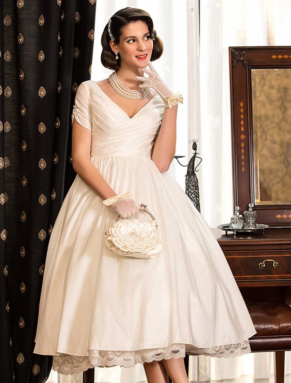 8dacf664ffe1 Simple Vintage Short Wedding Dresses 2016 V Neck Short Sleeve Lace Pleat Tea  Length Wedding Dress Casual Satin Bridal Gowns PA55