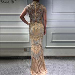 Image 4 - Dubai Gold Hoge Kraag Luxe Avondjurken 2020 Mouwloze Diamant Kralen Kwastje Sexy Avondjurken Serene Hill LA60893