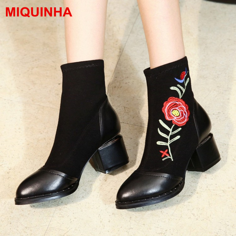MIQUINHA Pointed Toe Low Heel Women Ankle Boots Short Booties Flower Embroidered Decor Retro Style Runway Star Shoe Luxury Brand