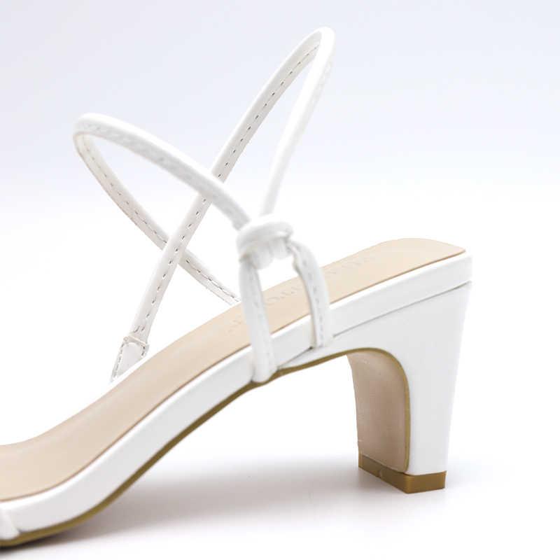 Genshuo Witte Hoge Hakken Sandalen Voor De Zomer Slip Op Hoge Hak Vintage Vierkante Teen Hak Sandalen Beknopte Dames Schoenen Voor party