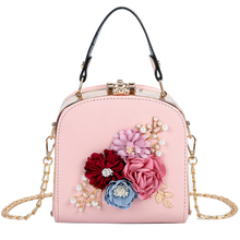 2019 lady new fashion elegant pearl flower handbag dinner clutch handbag small banquet evening bag chain party bride wedding bag