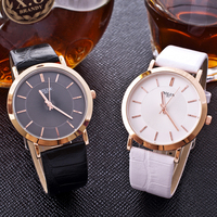 Relógios Casais Relógios Relógio Das Mulheres Dos Homens do Amante De Couro Minimalista Moda Homem do Relógio de Quartzo Relógio Ocasional Das Senhoras Presentes Hodinky Relógios para Casais    -