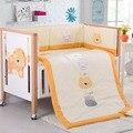 7 pcs do bebê crib bedding set conjuntos para berço do bebê do algodão 140*70 colcha de Cama travesseiro Em Torno de cama bumpers leão animais meninos Outono Inverno