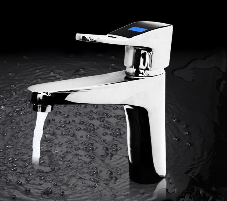 Termosensibile sink rubinetto lavabo, bagno bacino piatto rubinetto cromato, singolo foro lavabo rubinetto dellacqua calda e freddaTermosensibile sink rubinetto lavabo, bagno bacino piatto rubinetto cromato, singolo foro lavabo rubinetto dellacqua calda e fredda
