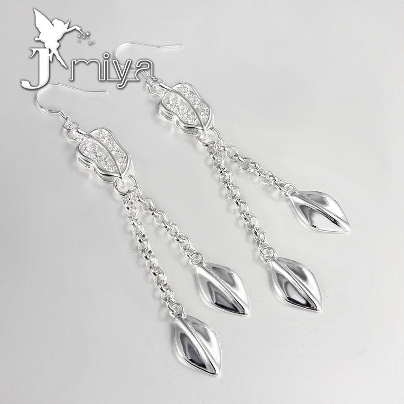 Factory direct sales in Europe and America long earrings wholesale Silver Plated Leaf Earrings Gift mixed batch of spot price