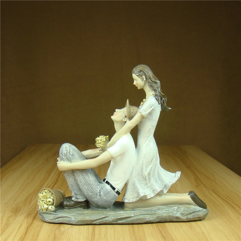 Romantic Countryside Couple Statue Resin Dating Lovers Figurine