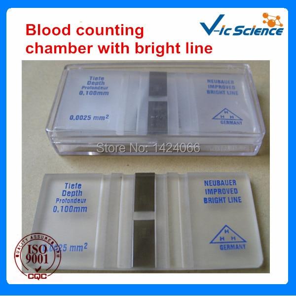 Sangue de teste médico contando slides com linha brilhante