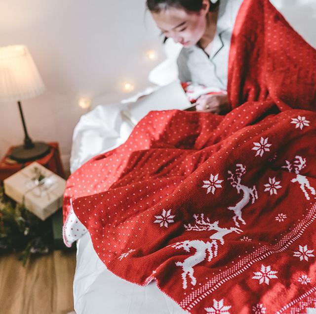 Nordic Style Christmas Deer Knitted Blanket