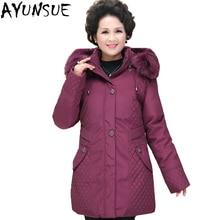 AYUNSUE плюс Размеры 5XL утка вниз куртка Для женщин Длинные теплые среднего возраста вниз пальто лиса меховой воротник мать парки Abrigos Mujer LX2247