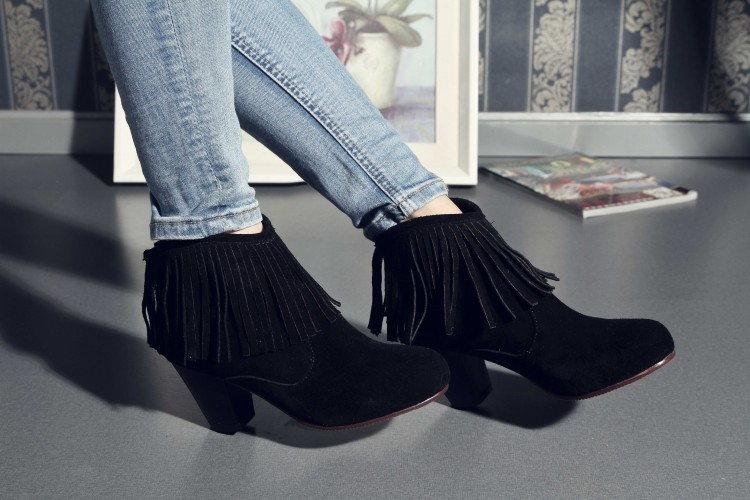 Women Autumn Winter Genuine Leather Thick High Heel Round Toe Tassel Back Zipper Fashion Casual Ankle Boots Size 34-39 SXQ0826 women autumn winter genuine leather thick mid heel side zipper round toe 2015 new fashion ankle boots size 34 39 sxq0905