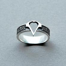 2017 Assassin's Creed Logo Titanium Steel Ring,Assassins Creed Logo Men Ring,Cosplay Costume Syndicate Ring Game Jewelry
