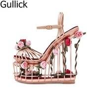 Yeni Tasarım Kadınlar Çiçek Ayak Bileği Toka Askı Düğün Ayakkabı Zarif Çiçek Dekorasyon Yüksek Platformu Kama Topuk Sandalet Oymak