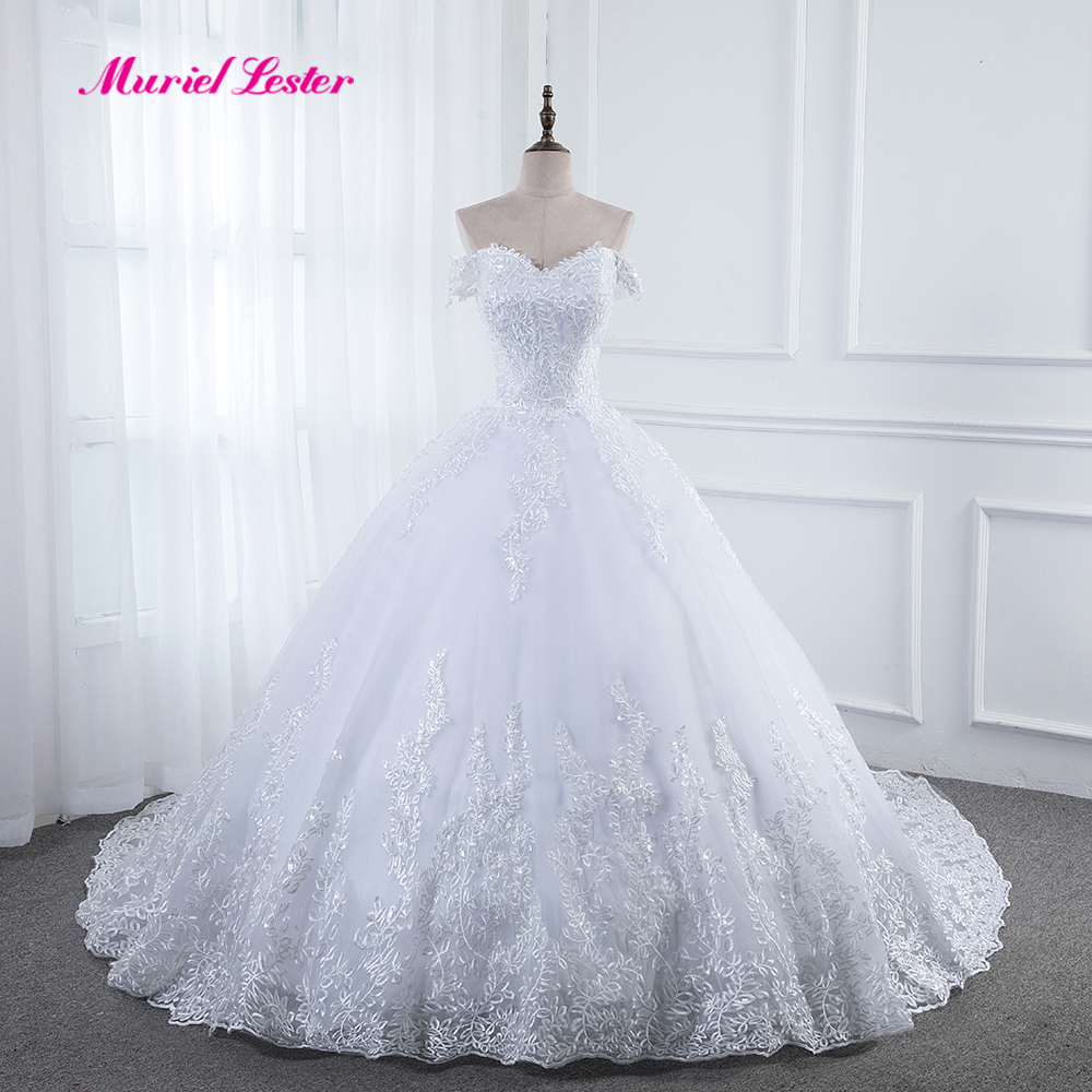 China Cap Sleeves Bridal Ball Gowns Plus Size Lace Wedding Dress