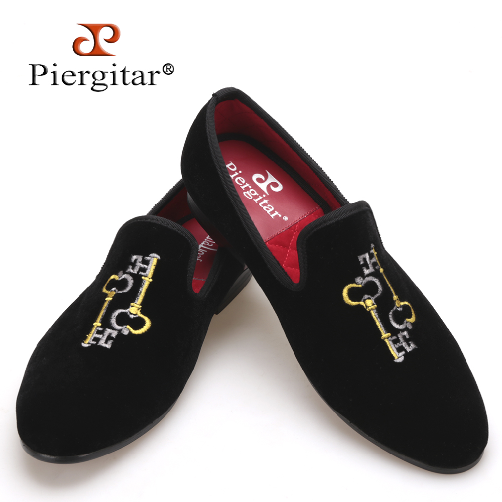 Piergitar 2017 Key embroidery Men Velvet Slipper Men Plus Size Banquet and Prpm Loafers Men Flats Size US 4-17 Free shipping men denim shoes piergitar new fashion star men loafers navy blue plus size men s flats size us 4 17 free shipping