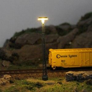 Image 2 - 3 個 N ゲージランプポスト 80 ミリメートル 1:150 はしご街路灯魚骨型ポストモデル鉄道列車 led ミニチュア LQS64N