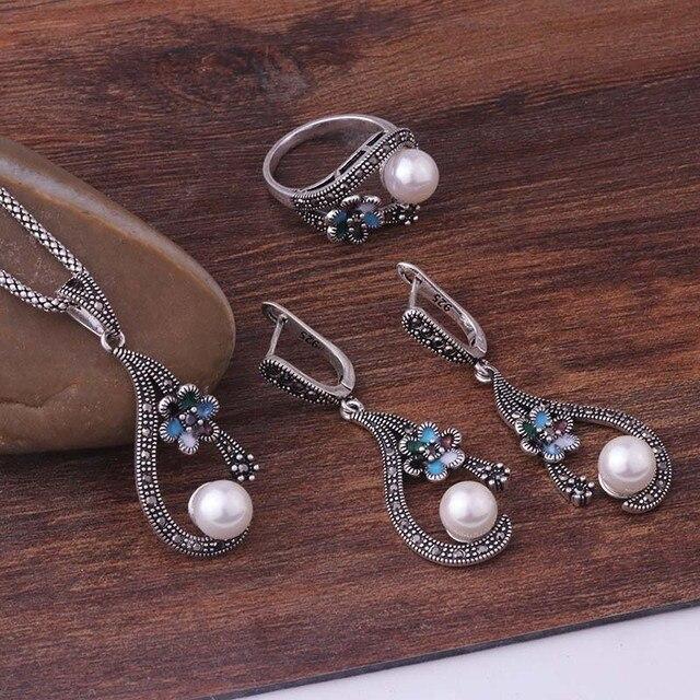 Feelgood Individualità Vintage Color Argento Gioielli Smalto Squisito Piccolo Fiore E Imitazione Perla Set di Gioielli Per Le Donne