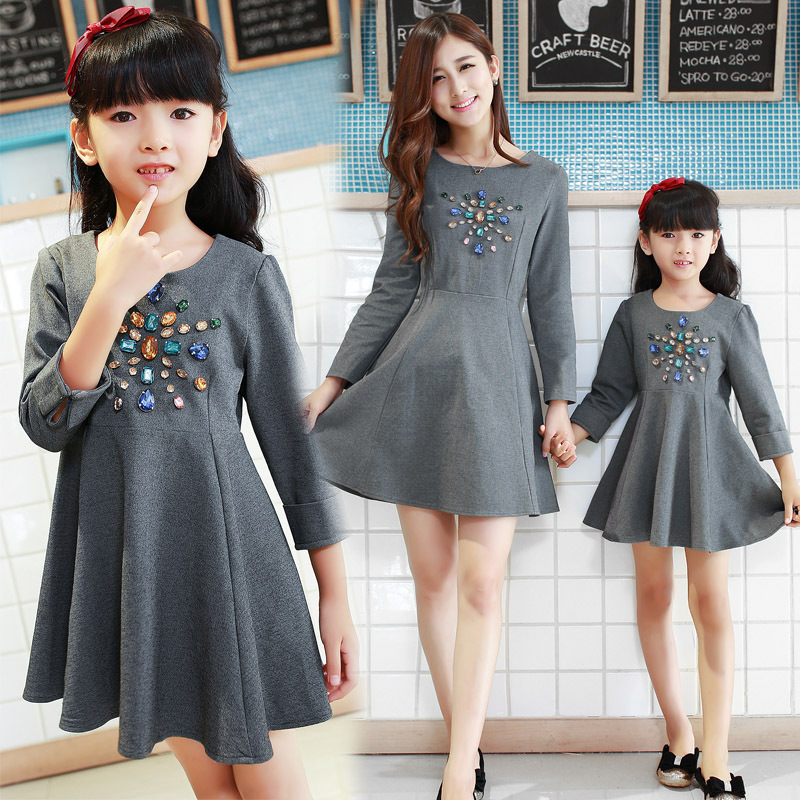 ФОТО 2015 Korean family fashion matching mother daughter clothes chiffon solid top & beading bow deco mom and daughter dress