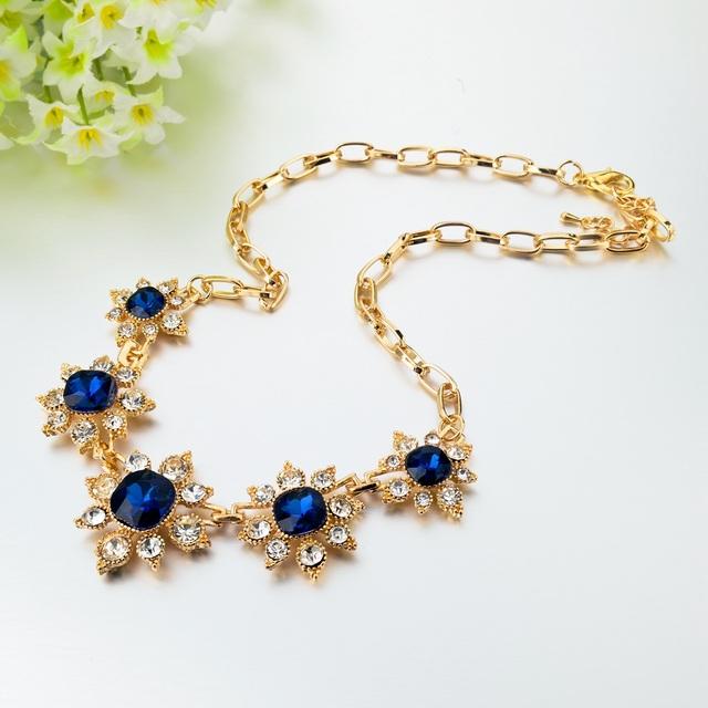 Rhinestone Crystal Pendant Necklace