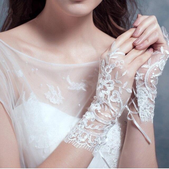 Short Wedding Gloves White Rhinestones Mitaine Blanche Fingerless Nikah Eldiveni