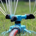Наборы инструментов для полива сада и лужайки  включая Высококачественные 4 соединения ABS + автоматический вращающийся водяной спринклер на...