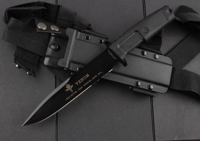 VENOM Camping Tactical Knife,N690 Blade Rubber Handle Hunting Fixed Knife,Survival Knives. стоимость