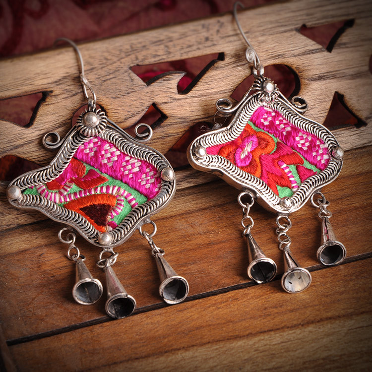 national ethnic 100 Handmade embroidery earrings creative personality Miao silver plated dangle earrings jewelry