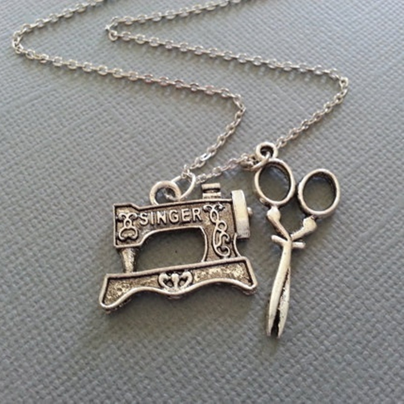 The Sewer's Necklace - Sewing Machine And Scissors In Antique Silver