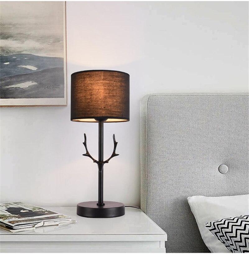 Нордическая черная настольная современная лампа светодиодный рога настольная лампа для спальни прикроватная лампа для учебы в отеле Рождественские украшения для домашнего декора