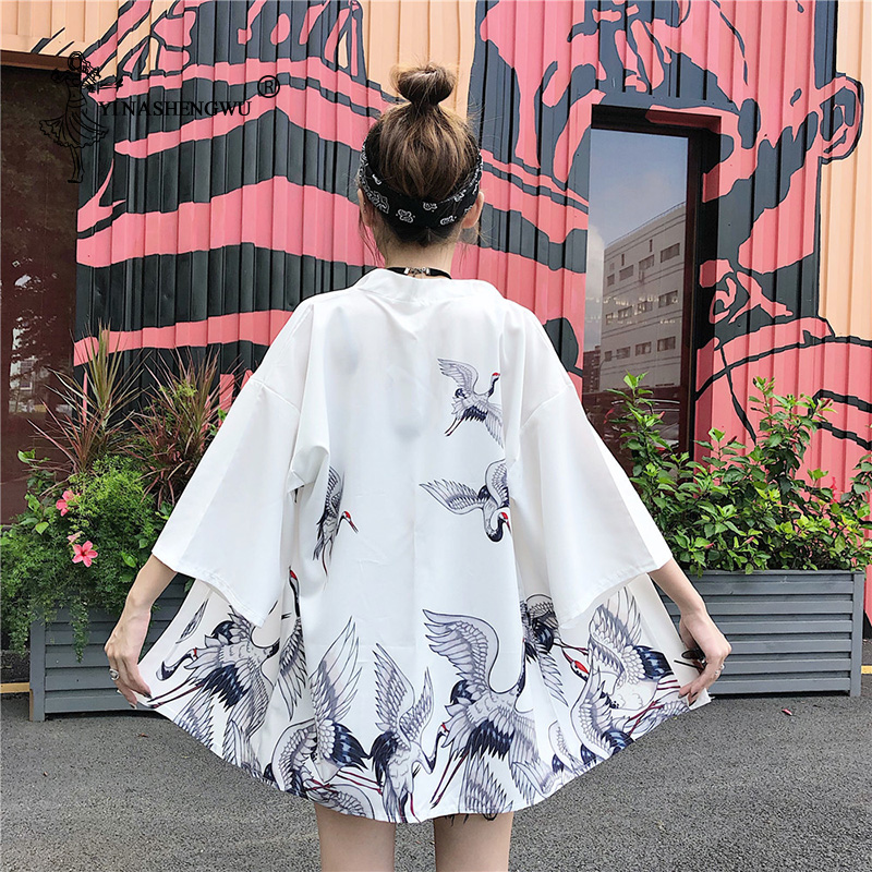 Harakuju Vintage Cartoon Print Kimono Cardigan Yukata Women Sunscreen Outerwear Travel Thin Holiday Kimono Asia Cosplay Costume