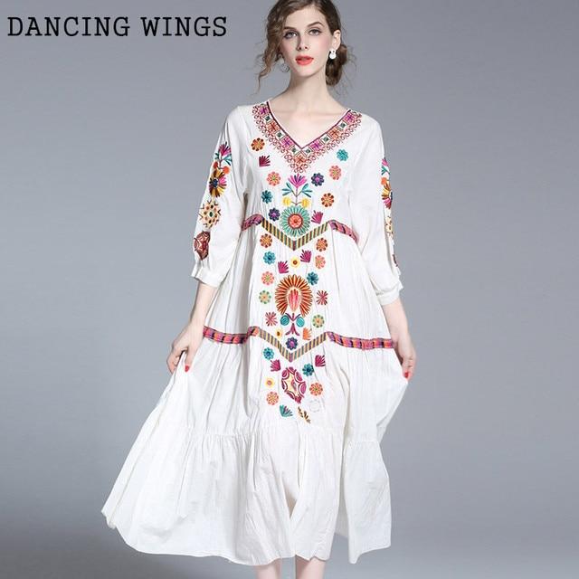 021ad890705 Promo Mulheres Vestido de verão 2019 Bohemian Estilo Vintage Bordado ...
